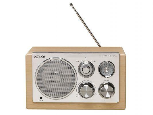Denver TR-61 - Radio (AM, FM, 3.5 mm), marrón por 22,63 €  Si eres un apasionado de la #informática y la #electrónica, te gusta estar a la última en #tecnología y no perderte detalle, compra Radio Portátil #Denver Electronics TR-61 al mejor #precio.  #radio #mp3  #musica #chollos