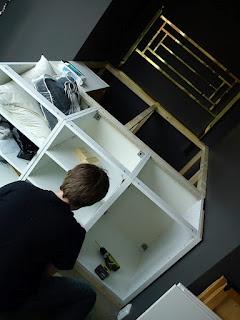 DIY Seng med oppbevaring under. Ymmeli: Senger, in the making....... Så enkel tutorial!!! Kjempelurt!