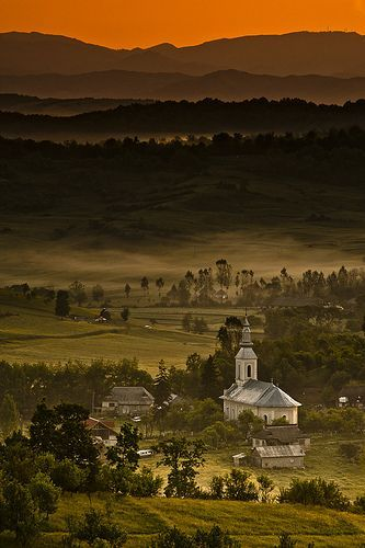 Transylvania landscape, the land of Dracula, Romania. romaniasfriends.com
