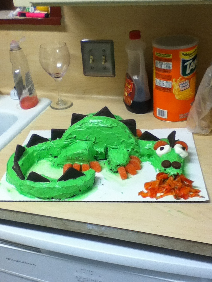 31 best Dragon cake ideas images on Pinterest Dragon cakes