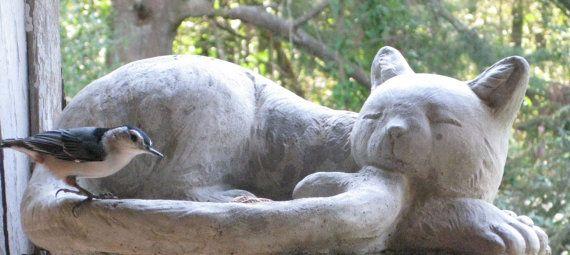 BAÑO de pájaro gato concreto grande o por springhillstudio en Etsy