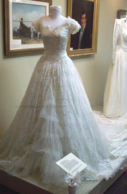 201 best Someday.... images on Pinterest | Wedding dressses, Wedding ...
