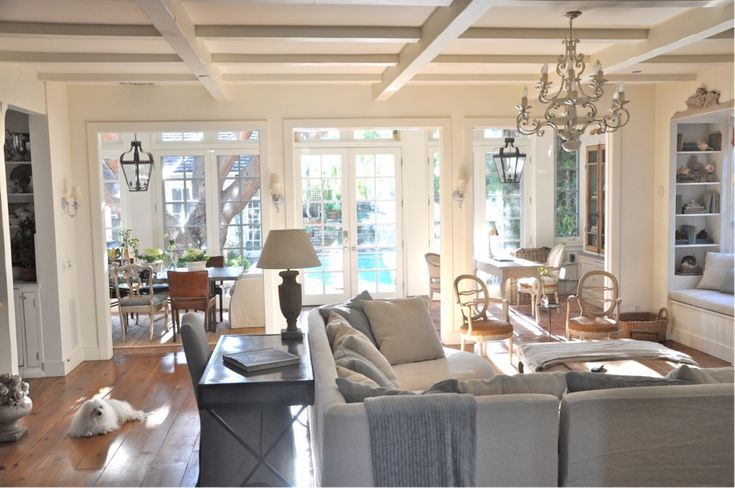 #living room #decor: Decor, Sofa Table, Livingrooms, Living Rooms, Living Spaces, Color, Family Rooms, Ceilings