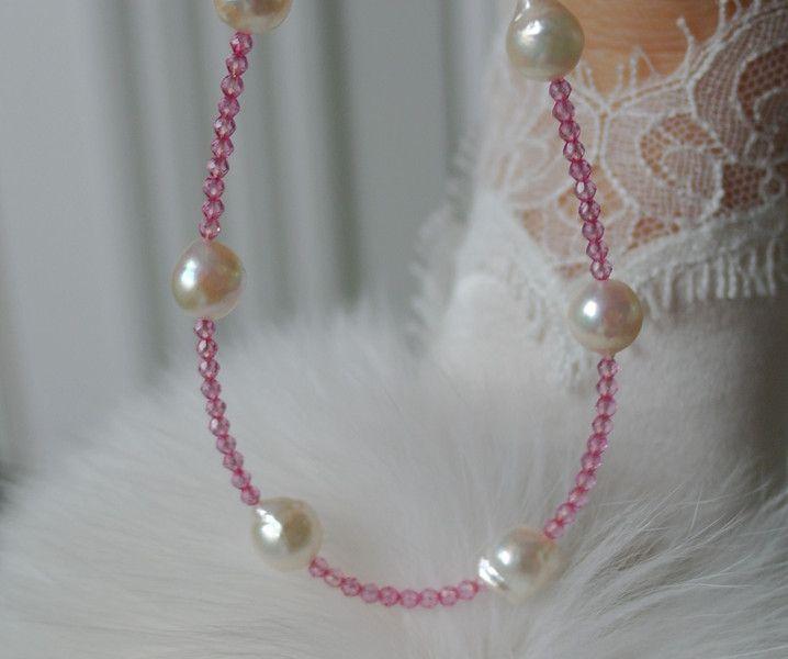 Perlenarmbänder - Rosa Topas mit Salzwasser Akoya Perle Armband - ein Designerstück von Morgentau-Schmuck bei DaWanda