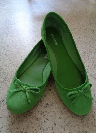 Kupuj mé předměty na #vinted http://www.vinted.cz/damske-boty/baleriny/12573703-krasne-hraskove-zelene-balerinky-s-maslickou