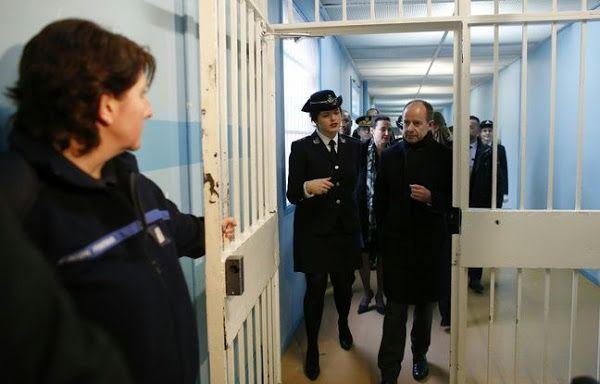 DÉTENTION. Jean-Jacques Urvoas veut s'attaquer au problème des téléphones portables en prison