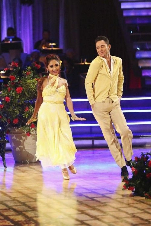 "Nicole ""Snooki"" Polizzi Dancing With the Stars Samba Video 10/28/13 #Snooki #NicolePolizzi #DWTS"