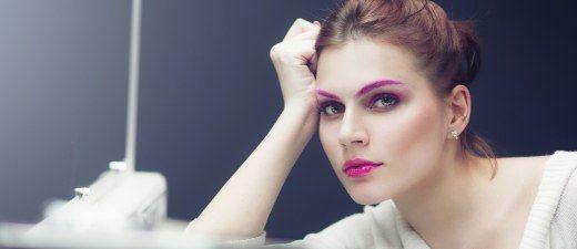 Tinte de cejas, la coloración que enmarca tu mirada