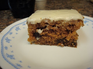Make lemonade and more!: Mom Bs Applesauce Cake | Food on Friday ...