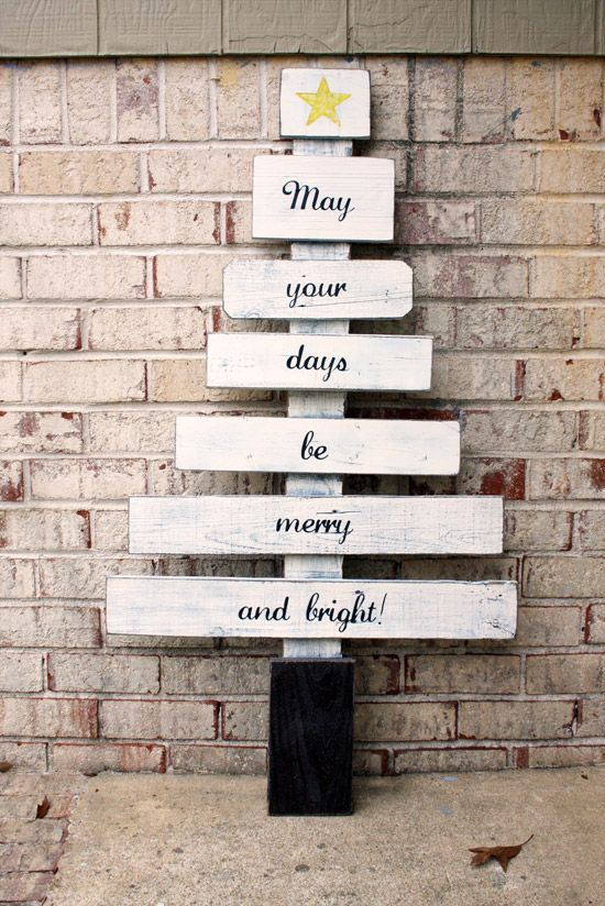 DIY Scrap Wood Christmas Tree, via Signs by Andrea