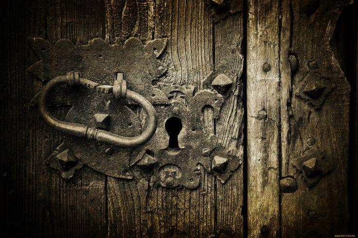 Обои Разное Ключи, замки, дверные ручки, обои для рабочего стола, фотографии разное, ключи, замки, дверные, ручки, двери, замочная, скважина Обои для рабочего стола, скачать обои картинки заставки на рабочий стол.