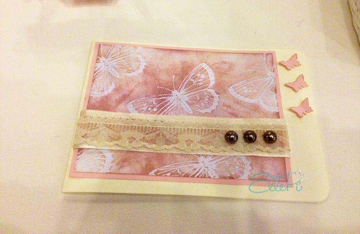 INVITO PRIMA COMUNIONE/CRESIMA  Formato apri e chiudi orizzontale. Tema carta, perle, stampa decoro e colore nastro sono personalizzabili. SPEDIZIONI IN TUTTA ITALIA