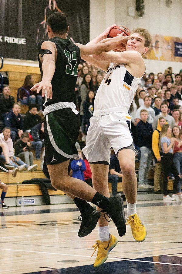 Cade Hoppe and Drake Middleton each scored eight points in the Oak Ridge High School varsity men's basketball team's 20-point third quarter, defeating Granite Bay by a final score of 53-28 on Friday night in a Sierra Foothill League home victory. Trojan center Hoppe finished with a...  https://www.villagelife.com/sports/trojans-men-and-women-sweep-past-granite-bay/