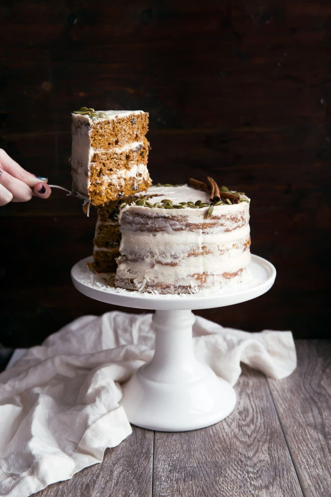 A naked Pumpkin Carrot Cake with cinnamon cream cheese frosting: perfectly festive for your holiday season!