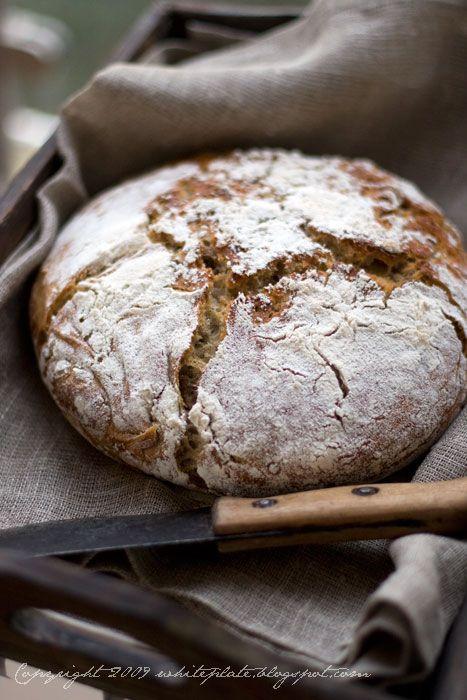 Pracownia Wypieków: Pszenno-piwny chleb z orzechami