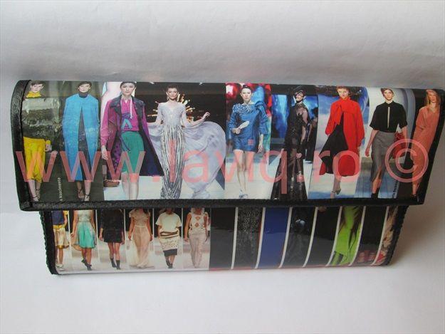 Plic Eco Podium www.laviq.ro www.facebook.com/pages/LaviQ/206808016028814