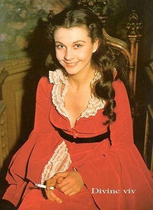風と共に去りぬ スカーレットのイメージ 赤いドレスが印象的♡