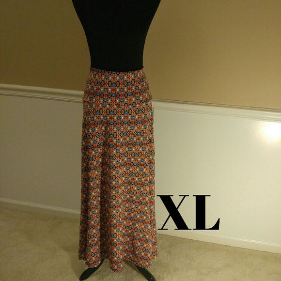 LuLaRoe Maxie Skirt The LuLaRoe Maxi Skirt is a go-to piece for the woman or girl who wants to be comfortable throughout the day but still likes to look her best.  The LuLaRoe Maxi skirt can easily be worn while getting down on the ground to play with your kids and kept on while effortlessly transitioning to a night on the town. LuLaRoe Skirts Maxi