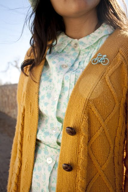 mustard yellow and baby blue - such a cute color combo!