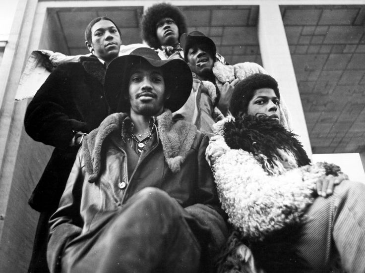 """(Clockwise from left) Drummer Tiki Fulwood, guitarist Tawl Ross, keyboardist Bernie Worrell, Billy """"Bass"""" Nelson, and guitarist Eddie Hazel of the funk group Parliament-Funkadelic pose for a portrait in 1971."""