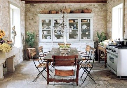 stone walls.....dreamIdeas, Dining Room, Kitchens Design, China Cabinets, Stones Wall, Rustic Kitchens, Stone Walls, French Country Kitchens, French Kitchens