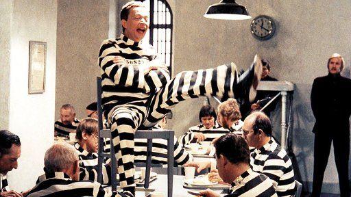 släpp fångarna loss det är vår - Sök på Google