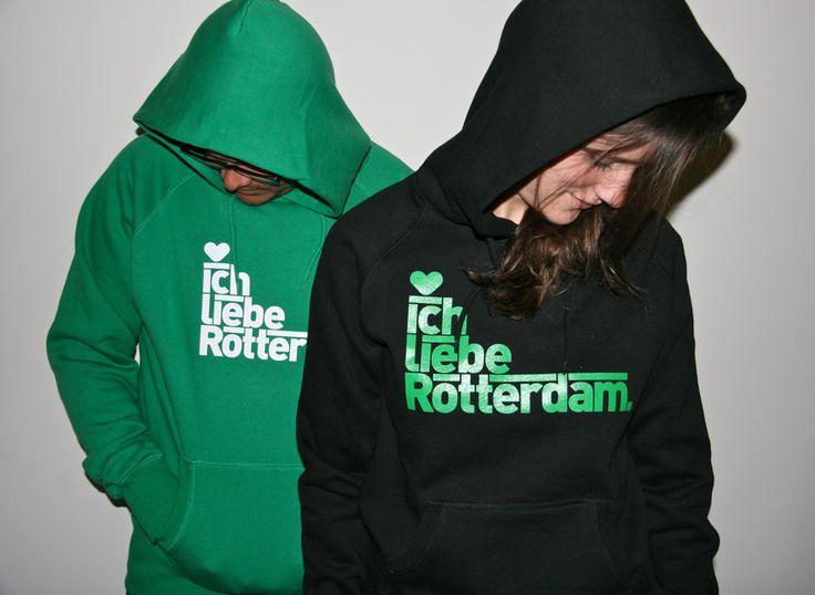 Ich liebe Rotterdam hoodie!  Je liefde voor Rotterdam in de vorm van deze hoodie valt als een warme deken over je heen.  Zowel voor lieftallige dames als heren.