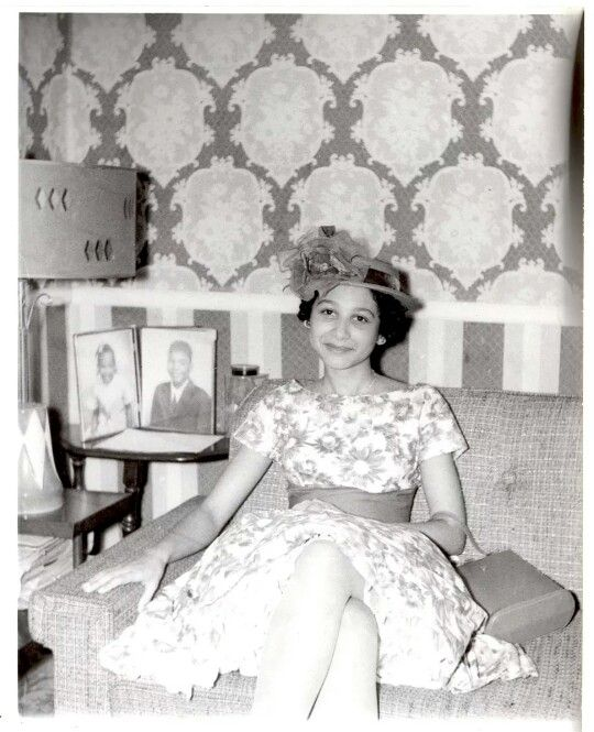 Vintage african american lady in her Sunday's best!  Vintage fashion