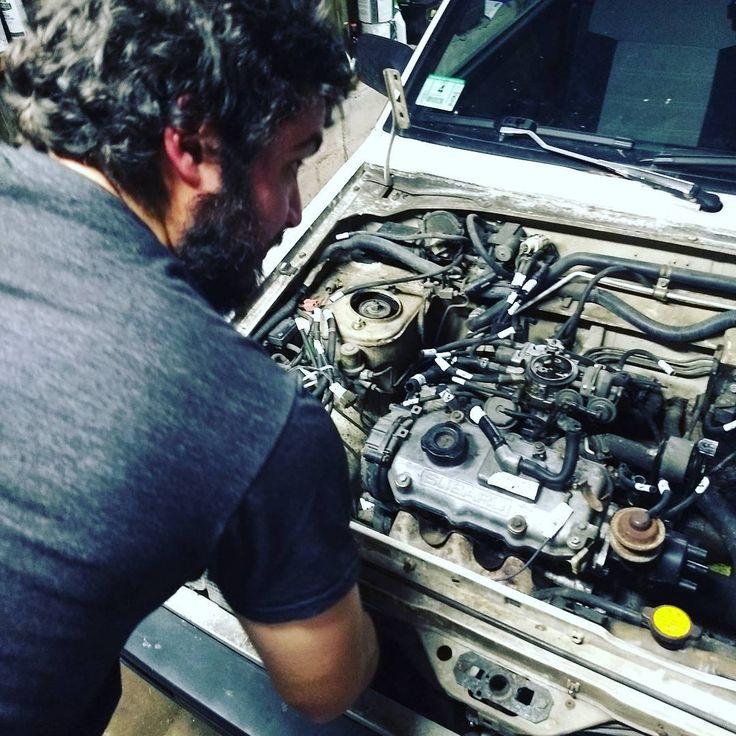Christmastime engine removal! #subaru #justy #friends #christmas #garagework #mechanic