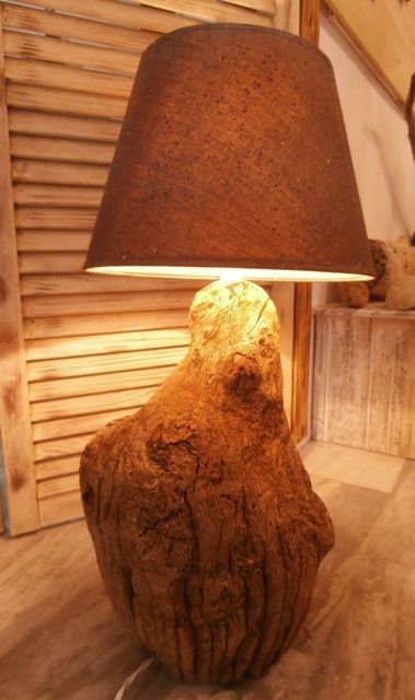 Driftwood oak lamp.  Solid base, beautiful grain.