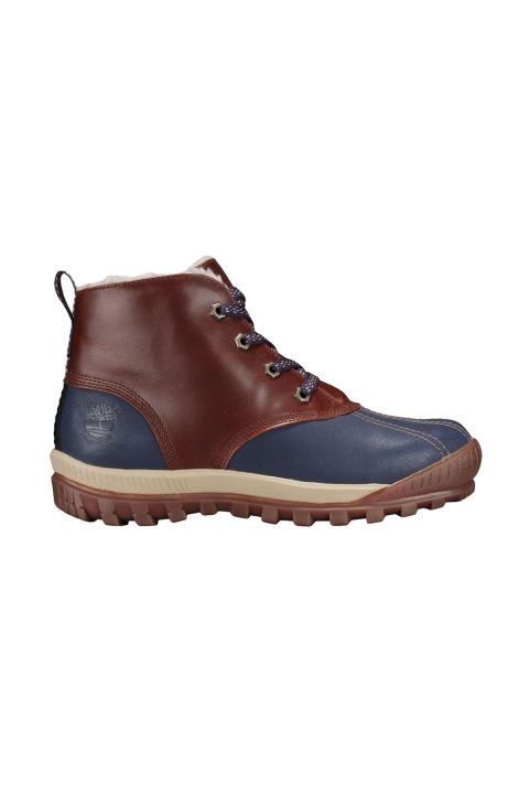 The snow boots you need this winter! A hiking boot/duck boot hybrid that's subtle enough to wear on the daily.   Waterproof Chukka Boots, $130; timberland.com.