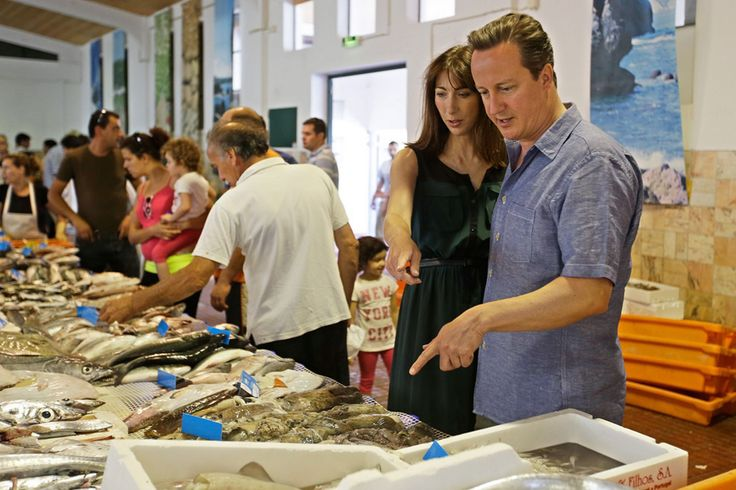 UK Prime Minister, David Cameron, and his family are spending time on the Algarve, Portugal in their first holiday of the summer | via Daily Mirror 26.07.2013