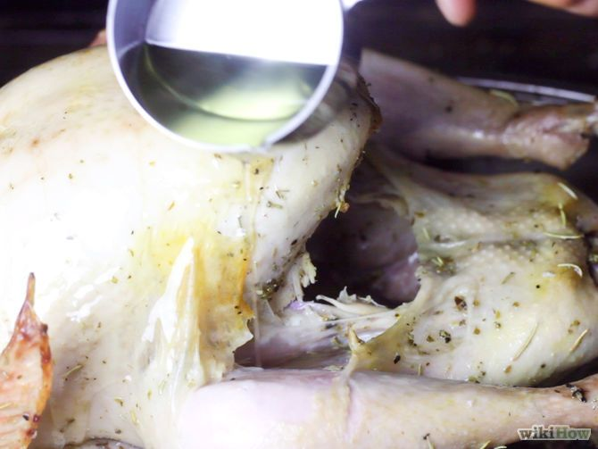 How to Baste a Turkey via wikiHow.com #Thanksgiving #food