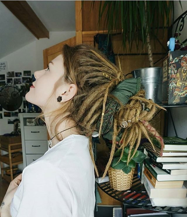 I love all the charms and colors some dreads have! So much to think about before my new transformation!!!