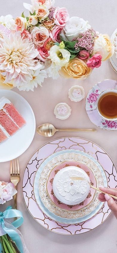 Host the most successful tea party. Shop the perfect tableware, silverware and table accessories with Boulesse.com and discover Vienna's utmost luxury and craftsmanship. boulesse.com/...