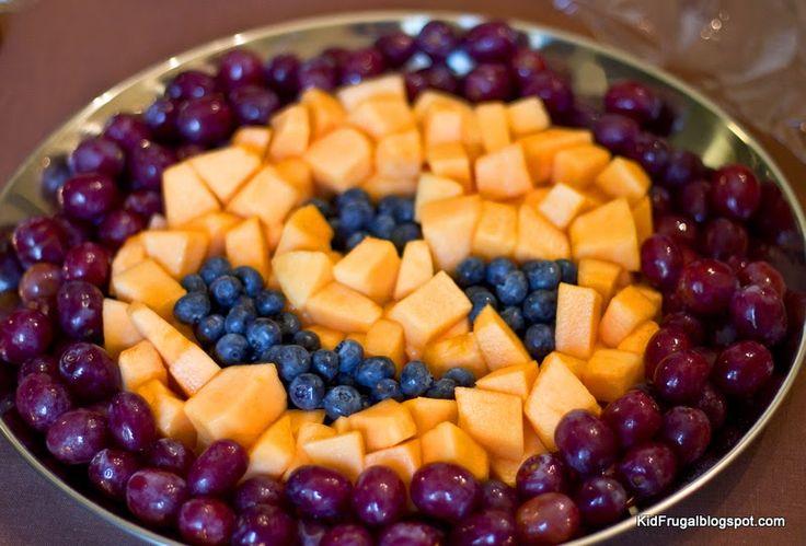 Kidfrugal: Fruit Tray Pumpkin Jack-o lantern  Design for Fall.