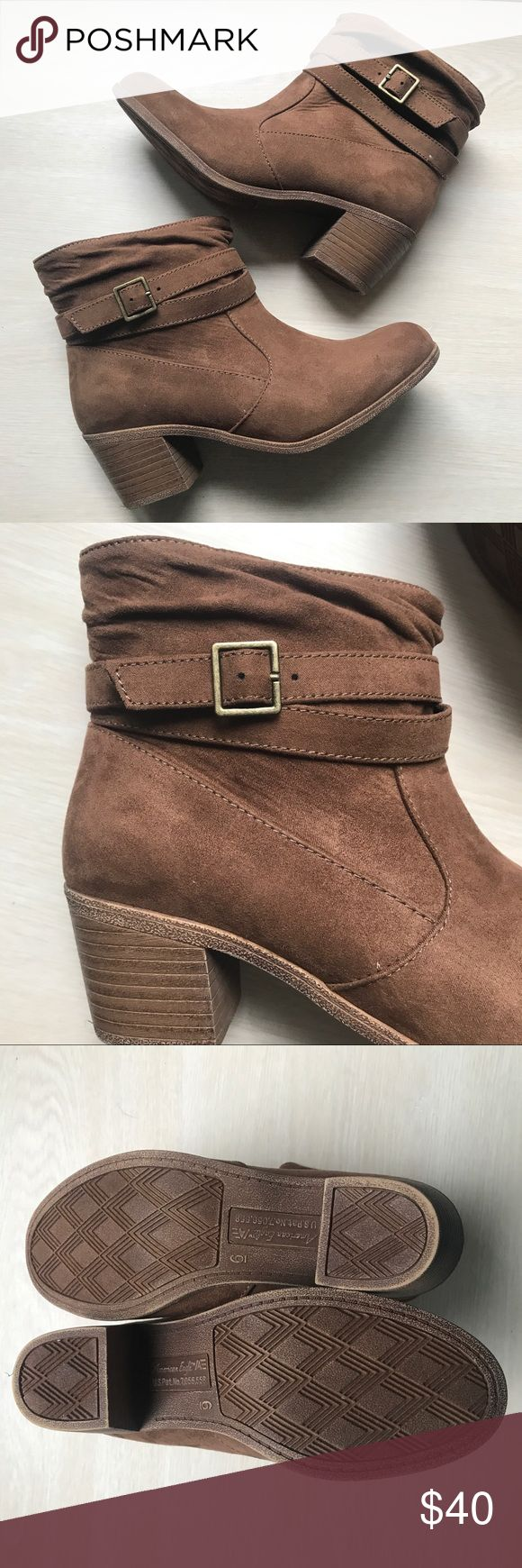 American Eagle brown booties Brown booties with buckle in the side - like new conditions American Eagle Outfitters Shoes Ankle Boots & Booties