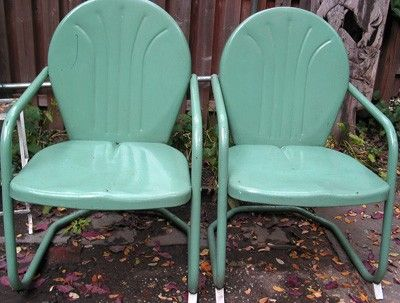 :: vintage turquoise garden chairs