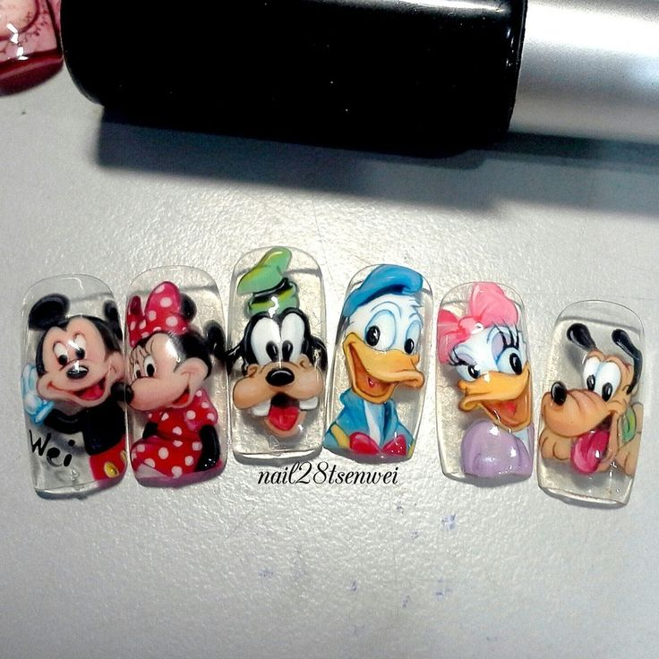 Nailpolis Museum of Nail Art | Mickey family by Weiwei
