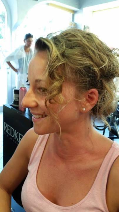 Onda Magica - Tecnica 4  Uno strumento per creare un movimento naturale e una texture stupenda su capelli sottili. Ideale per acconciature raccolte e per il massimo volume sui capelli sciolti   #ischia #hair #parrucchiere #hairstylist #hairstyle#fashion #capelli #hairstyle #girl #look