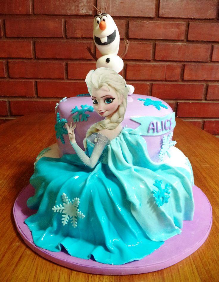 #Frozen #Elsa #Olaf #fondnat #cake creada por @volovanp  Volovan Productos Punta Arenas Chile