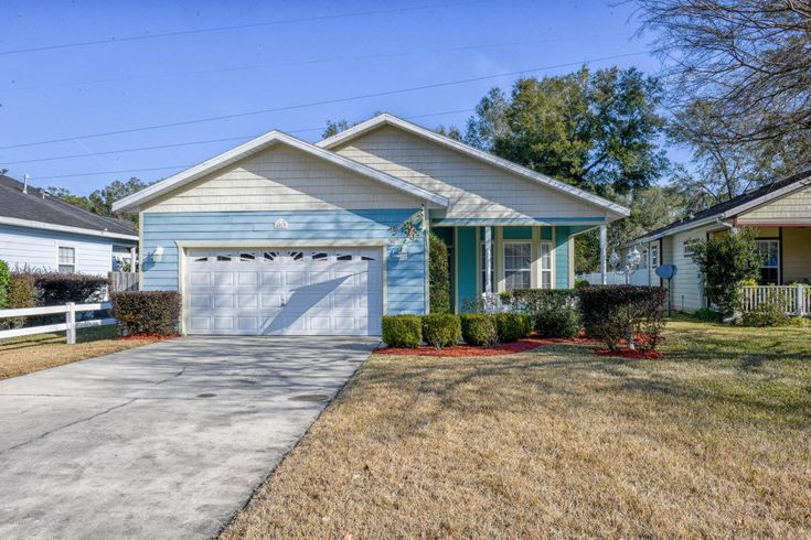 $149,900 -MLS # 530345 - 37 photos - 2 bedrooms - 2 bathrooms - 1348 sq. ft. - Year Built: 2005 - 4019 Ne 23rd Place, FL 34470. Estimated value: $123,140 In addition to information on real estate listing, research local schools, professionals and home values.