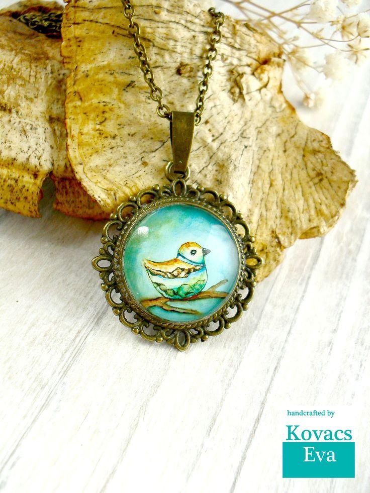 Bird pendant.Handpainted vintage pendant.Bird necklace.Turquoise bird pendant.Vintage style necklace.Woodland jewelry.
