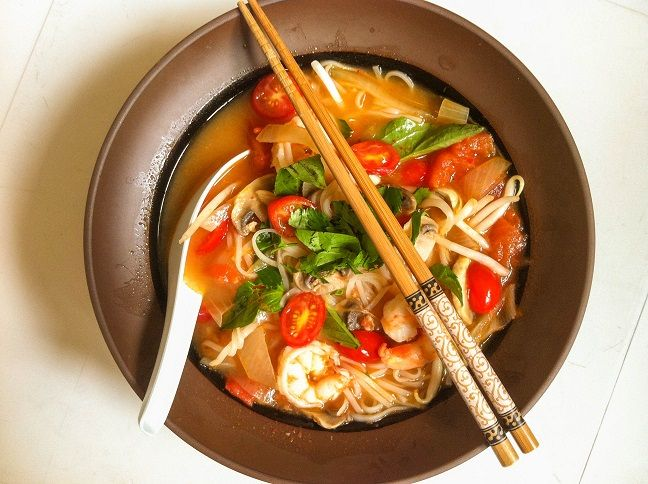 Pho Thai, asian shrimp tomato soup with noodles and basil
