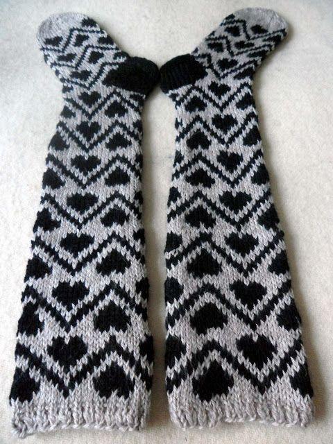 Knitting Patterns For Funky Socks : 73 best images about Funky socks on Pinterest Stockings ...