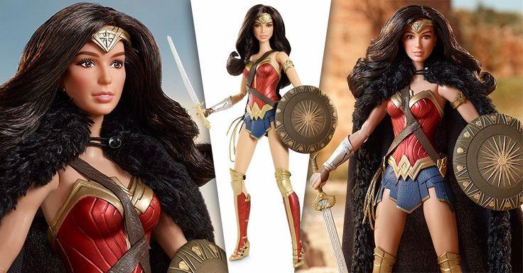 La compañía de juguetes Mattel junto a Barbie lanzaron una muñeca inspirada en el éxito de la película de superhéroes, Mujer Maravilla; su parecido es increíble