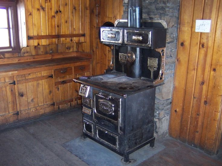 Kitchen Incomparable Small Cabin Stoves With Antique Wood