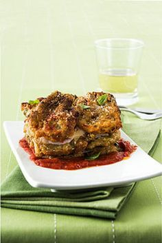 Parmigiana di carciofi La parmigiana di carciofi è un piatto sostanzioso che potete servire come contorno, secondo o piatto unico