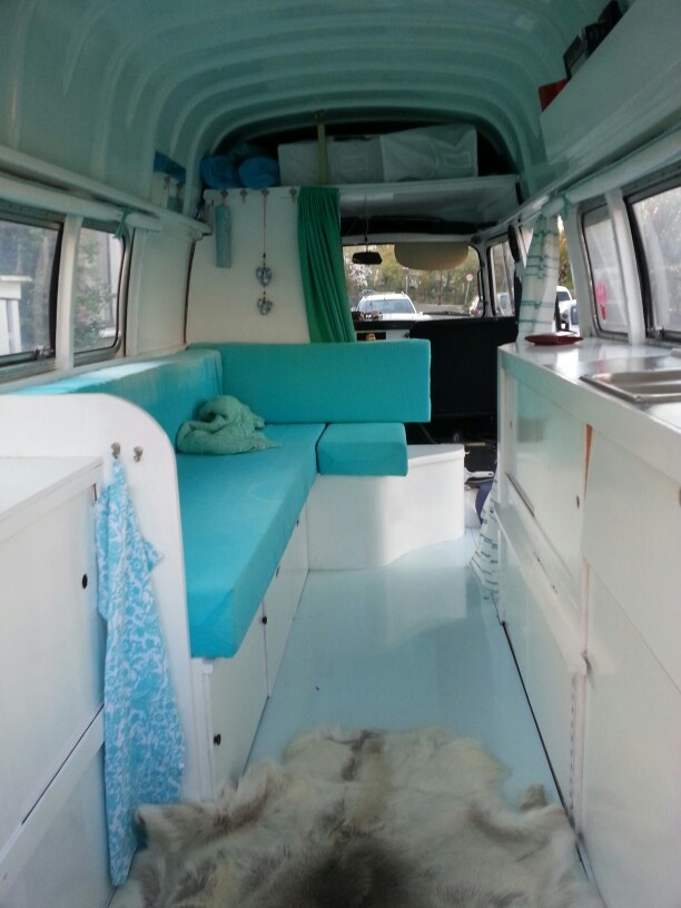 1000 images about amenagement camion on pinterest stove for Interieur estafette