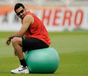 His tour-de-France still fresh in the minds of fans, cricketer Zaheer Khan has hopped off to South Africa on another excruciating training regimen to claw his way back to Indian scheme of things. for more news on today sports news, latest sports news,Cricket Update, sports news Online in english,Sports News Headlines In English,,today sports news Online,Daily Sports News In English, Cricket Update In English,   read more at :http://daily.bhaskar.com/sports/